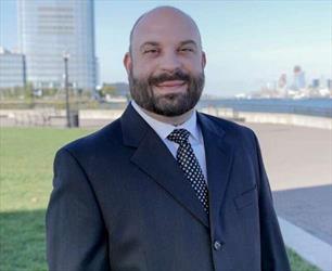 Douglas Blum