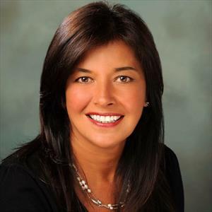 Monica Lewisy
