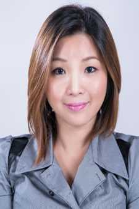 Presented by Huanyan (Vivian) Li
