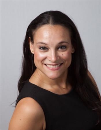 Julia Woon Schmidt