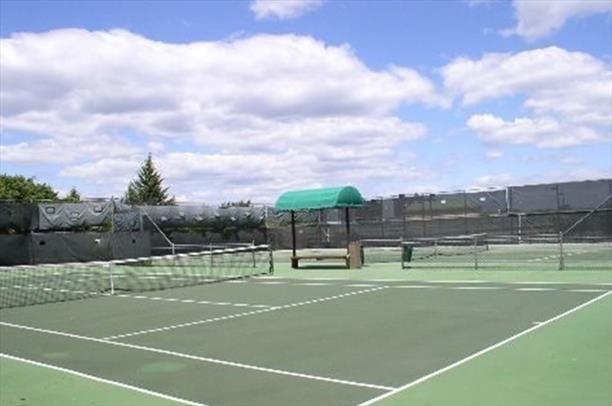 Bay Club Tennis Court
