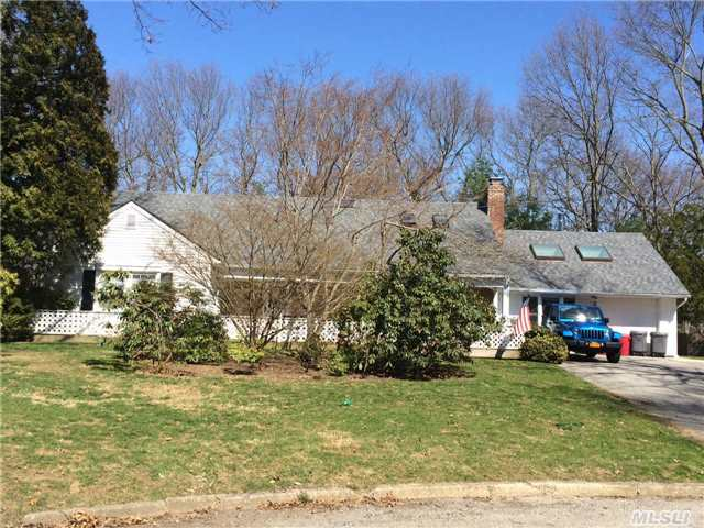 Reduced. Exp. Framingham On Quiet Cul-De-Sac In Desirable S Section. Large Formal Lr W/Fpl. Dr., Kitchen W/Breakfast Nook, Office, Family Room, Master W/Full Bath, Bdrm, Fbth. 2nd Floor:. 4 Lg Bedrooms, Den With Vaulted Ceiling/2 Skyilights. Accessory Apt (Living Room, Eat-In-Kitchen, Bedroom, Fbth. House Sells As Is. Motivated.