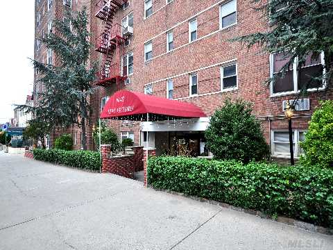 2 Bedroom/J4 Large Corner Apartment In Convinient Location In Rego Park.Bright And Sunny With Lots Of Windows With Eastern And Southern Exposure. Updated Kitchen With Granite Counter Tops&Custom Cabinets. Jacuzzi Bath Tub In Updated Bath Room. Sd#28 Elementary Ps#174. Close To Transportation,Shops,Dining. Maintanance Includes Water,Heat,Gas,Taxes.