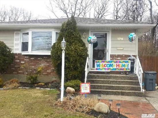 3 Bedroom 1 Bath Ranch W/Eat-In-Kitchen, Living Room, Dining Room, Full Basement & Central Air