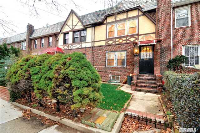 Nested In The Neighborhood Of Jamaica Hills This Renovated Att Single Fam Home Feat. A Spacious Lr/Dr Area, Kit W/ Access To A Large Patio Space. 3 Brs, 1 Full Bath Is On The 2nd Fl. Full Finished Bsmt W/ Access To The Pvt Driveway Located At The Rear Of The Home. Conveniently Accessible To Major Thoroughfares, St.Johns, Transportation, And An Array Of Neighborhood Amenities