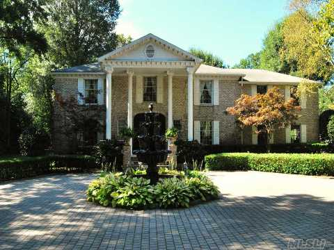 Magnificent Brick Center Hall Colonial Features Traditional Details, Beautiful Moldings,Wood Floor,Guest Suite.Park Like Property W/Pool And Built-In Bbq.