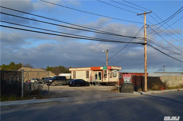 Rare Opportunity To Purchase A Scrap Metal Or Junk Yard In The Town Of Brookhaven.. Existing Permit For Scrap Metal Processing, Vehicle Dismantling, And Junkyard Use. The Property Produces An Income Of $228, 444 Gross Per Year.