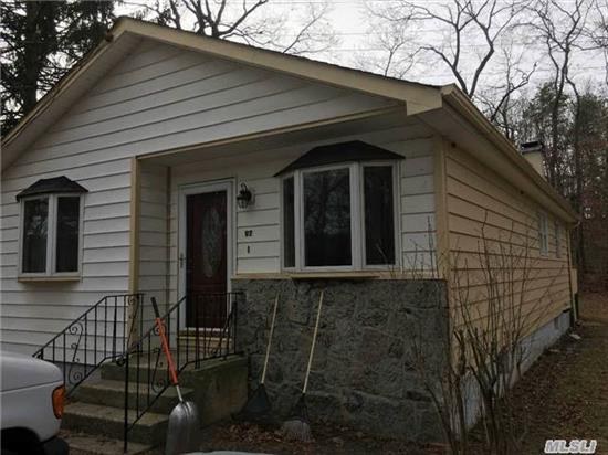 3 Bedroom 1 Bath On A Quiet Dead End Street, With A View Of Swan Pond. Mb On Main Floor, Inside Was Updated With New Paint And Fixtures, And Wood Floors Installed. Move In Condition. Unfinished Basement With New Oil Burner, And Outside Entrance. New Wellmate. New Roof.