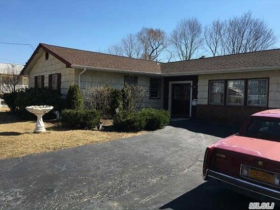 Lovely Ranch 3 Bedrooms, 2 Full Baths, 2 Fireplaces.