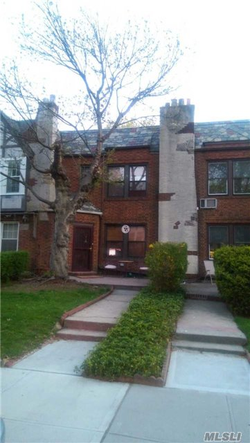 Investment Opty. 20 X 100 3Br-1.5Ba Upscale Renov. Tudor In Forest Hills South. Existing Lease At $4000/Month + Utilitites For 1Yr. Polished Hardwood Floors, Superior Renovation. 10 Ft Ceilings With Decorative Beams. Goumet Chef's Eik + Formal Huge Dining Room. Porchroom Off Master Br. Private Outdoor Space, Driveway+Garage. Ps 144 Zoning. Near Parks, Subways & Highways