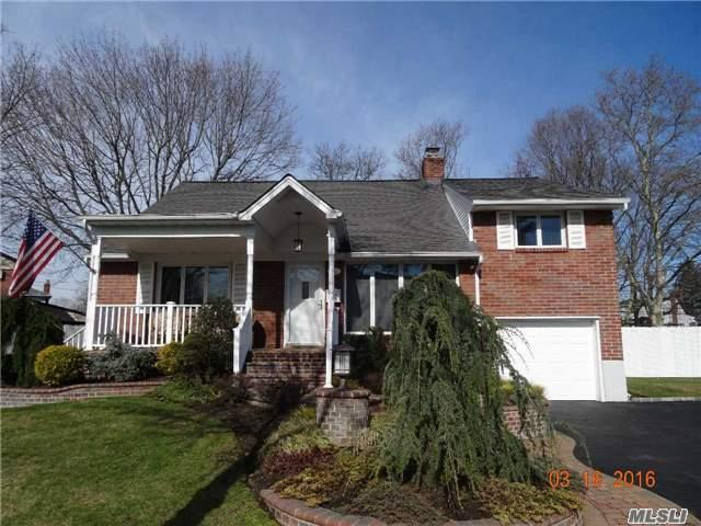 Welcome Home To This Spacious 4/5 Bedroom Brick Split On A 1/3 Acre! 3 New Baths, New Maple Eik W/Granite, Lr W/Vaulted Ceilings & Corner Frpl. W/Custom Doors, Cac, Oak Floors, Lovely Balcony Overlooking Lr, 200 Amps, Front Loading W/D, Paver Front Porch & Garden Beds, 7 Yr. Young Roof, Prof Landscaped & More In Sd#18 Tax Grievance In Process