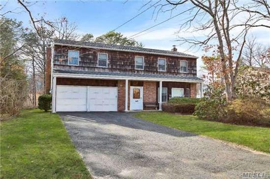 Offered In Value Range $329, 000-$378, 875. Do Not Miss This Opportunity To Own A Brookfield Colonial And To Create Your Dream Home. Located In The Smithtown School District (High School East). Sold 'As-Is.