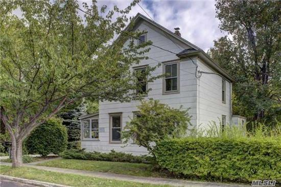 West Dublin Farmhouse C.1920 In The Heart Of The Maritime Village. Lovely Block, Steps To A Bay Beach. 4 Bedrooms, 1 Bath With Recent Renovations. Hardwood Floors, Private Backyard.