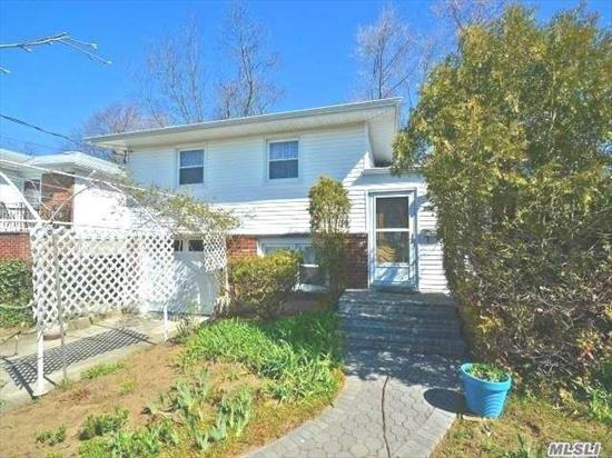 Beautiful Updated Home On Dead End Street In The Heart Of Oceanside...Originally 3 Bedroom Home-Was Converted To 2 Bedroom; Open Floor Plan, New Roof, Windows, Water Heater, Updated Bathrooms W/Jacuzzi And Steam Shower, Hardwood Floors,  Cac, French Doors, Generator Panel In Garage, Big Private Backyard,  Etc..