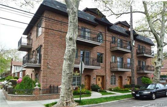 Absolutely Gorgeous Condo In A Very Desirable Part Of Auburndale Flushing. Very Short Distance To Long Island Railroad, Mass Transportation, Shopping And Other Amenities.  There Is Also A Roof Top Deck, Private Storage, And An Additional Family Room. The Grounds Are Beautifully Maintained In A Park Like Setting. Must See... Wont Last!!!