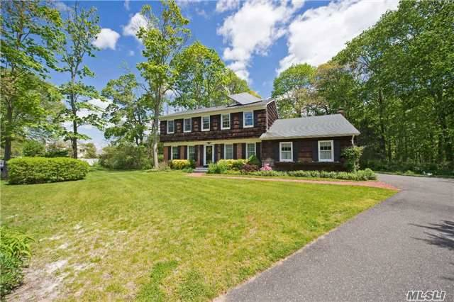 A Perfect Location For This Stately Colonial....End Of A Cul De Sac And Backs Up To A Natural Wooded Area . It's A Very Warm Friendly House And Mrs. Clean Lives There. Extras Are Cac Deck And Sreened Porch Plus Playroom For The Kids. Houses On This Cul De Sac Very Really Come Up For Sale