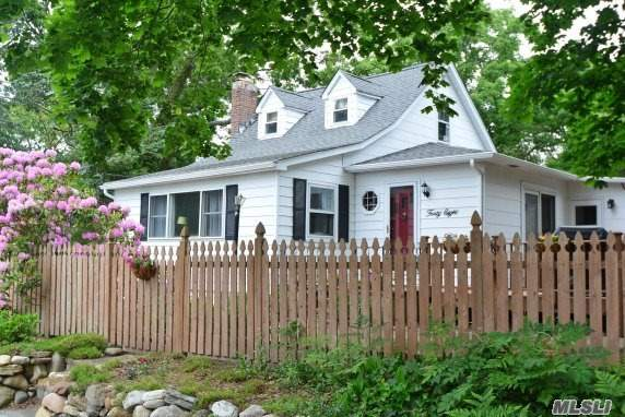 Fabulous 3Br, 3 Full Bth Cape W/New Maple Kit Cabs, Ss Applcs, Granite Counters, Tumbled Stone Backsplash, Den W/Stone Fplc, Custom Paint, Hi Hats, Hw Floors, Some Andersen Wndws, Full Fin Bsmt W/Ose, Updates Include: Roof, Heating Sys, Hwh, 200 Amp Elec, Oil Tank, Gutters, & Freshly Painted Exterior! Beautiful Grounds W/Colorful Gardens, Swing Set, & Shed, A Must See!