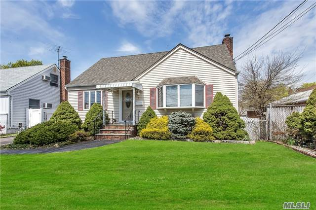 This Lovely Cape Is A Perfect Starter Home. Features 2 Full Baths, Nice Size Rooms, 1.5 Detached Garage, Full Basement And Sun-Room. Newly Painted Interior. Woodward Parkway Elementary School. Great Curb Appeal... All On A Lovely Property!!