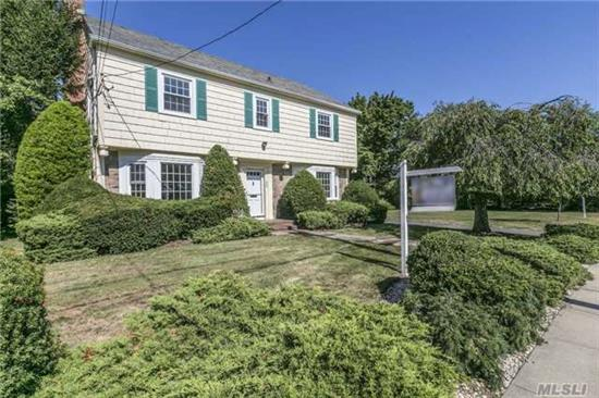 Immaculate Fully Renovated Center Hall Colonial In Charming Old Woodmere.Spacious Entrance Foyer W/Lrg Lr & Fpl, Formal Dining Room, High Ceilings Throughout. Features 4 Br, 3 New Full Baths W/ Quartz Counter Top & Marble Flrs, Brand New Kitchen W/ Bosch Appliances, Double Oven. New Heating/Cac System, Updated Electrical 200 Amps, New Wndws & Wood Flrs. Sd#14. Walk To All