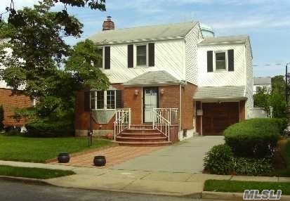 Great Home, Beautiful Mod Eik, Huge Den + Master Suite W/ En Suite Bath. All Bthrms Are Updated Full Finished Basement/ Media Rm; Laundry Room; Fenced Yard; Attached Garage; Lovely Location. Exceptional Buy. Don't Hesitate Call Asap.