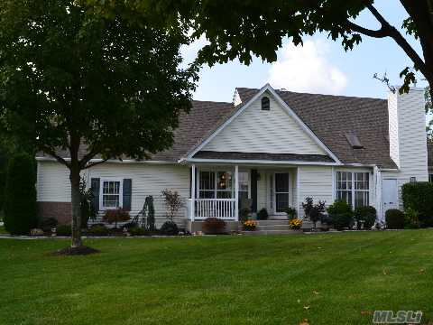 Diamond Desirable Bentley End Unit, A Rare Find, Offers Many Gorgeous Updates Throughtout, Light & Bright, 1 Car Garage, Full Bsmt, Walk To Clubhouse, Cherished Serene Atmosphere Felt Relaxing On The Private Patio As You Overlook Peaceful Pond, Live In The Luxury Lifestyle Offered You In This Lovely Home!
