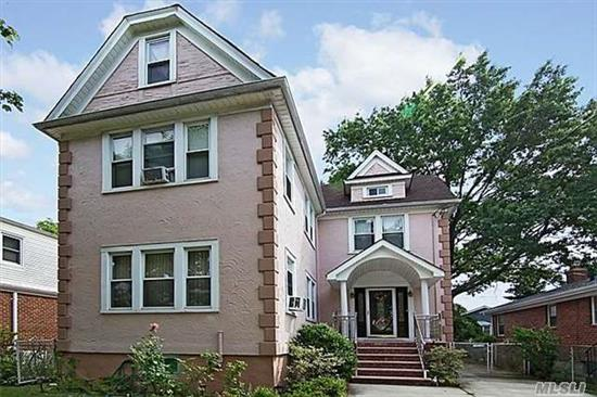 Beautiful 5 Bedrooms, 4 Baths Stucco In Floral Park, Living Room, Dining Room, Eat In Kitchen, Hardwood Floors, Finished Basement With Outside Entrance. Close To All Shopping And Transportation. Possible Mother Daughter With Proper Permits.
