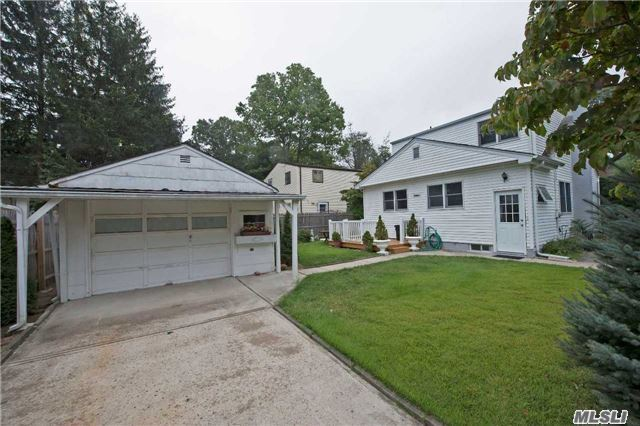 Flat Corner Property - Railed Deck - Det 1.5 Car Garage, Quiet Neighborhood. Great Backyard And Open Deck! Private Setting, Galley Kitchen Opens To Formal Dining Room, Vestibule Entry, Sturdy Heat And Plumbing, Totally Up-Dated Utilities. Low Taxes.
