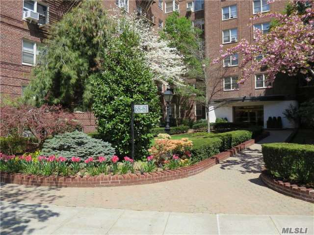 Real 2 Bed 1 Bath W/ Terrace In Top Doorman Bldg In Heart Of Ps196 Close To Express Subway At 71st Ave, Lirr, Shopping And Entertainment. Valet Pkng. Large Livingrm Dining Rm Open To Kitchen Very High End Finishes, Custom, Private Terrace 2 Bedrms Walk In Closet Custom Bathroom Must See!