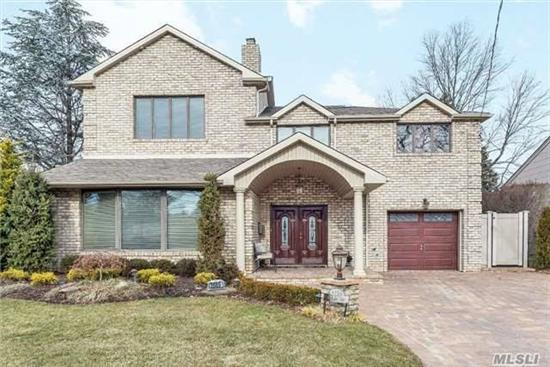 This Pristine Expanded Split Offers Gorgeous Amenities And Opulent Upgrades-Possible M/D With Proper Prmts.Designer Features Include Cstm Eik, Master Suite With Full Bth And Walkins, Cvac, Gas Fplc, Resort Yard W/Gas Firepit And Htd Igp, Pavers, Fabulous Curb Appeal, Gleaming Hrdwd Flrs, Porcelain Tile, 4 Full Baths, Specimin Plantings.Crdt/Prequal B4 Offrs Thru Lisa.