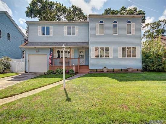 One Of A Kind Mother/Daughter Gem In The Heart Of Massapequa Park (W/ Proper Village Permits) Spacious Layout W/ 6 Bed/3 Bath..True Gourmet Kitchen With Viking Stove, Subzero Refrigerator And Massive Center Island. Lge Skylights And Wood Floors. Relax In Your 39X19 In Ground Pool And Patio Area On Large 70X100 Lot. 800 Add. Sf. In Fin Bsmt. 2 Zone Gas Heat & Cac. Sd#23