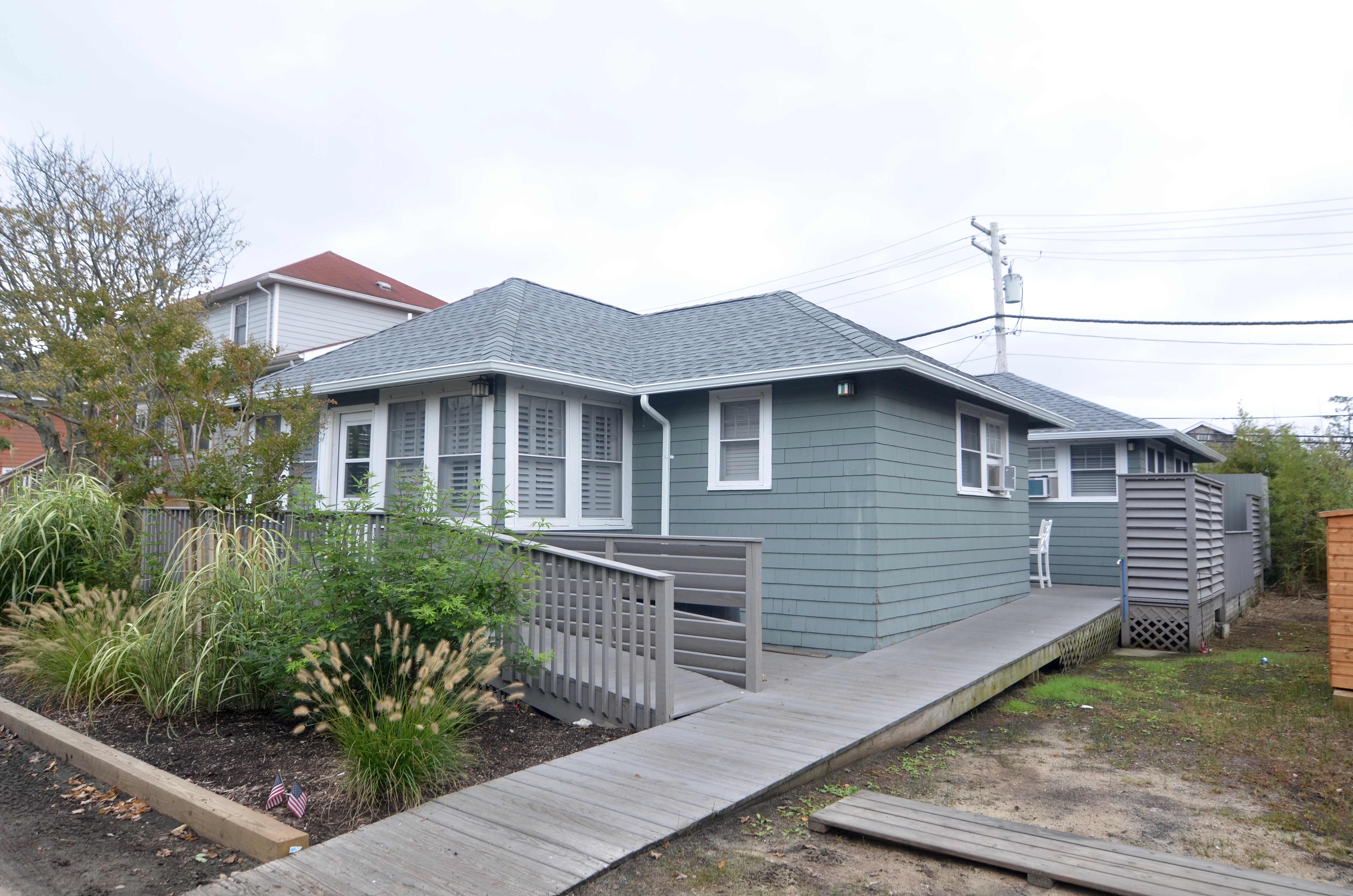 Beautifully renovated Ocean Beach home on the bordering street of Seaview. 5 bedrooms and 2 bath with large open living area. Private decks. AC. Outdoor Shower.
