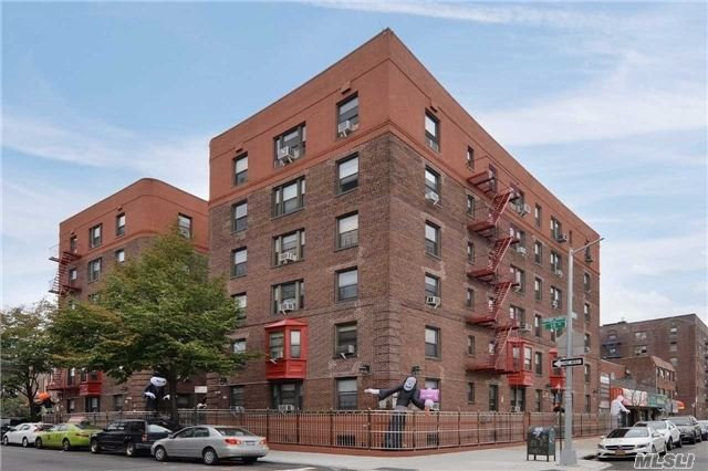 Sale May Be Subject To Term & Conditions Of An Offering Plan. Commuters Delight Nearby #7 Train As Well As Queens Blvd.  This One Bedroom Condo Is Completely Renovated With Custom Finishes And Quality Craftsmanship.  825 Square Foot Apartment With High Ceiling, Spacious Closets And Rooms Also Includes Storage Room.