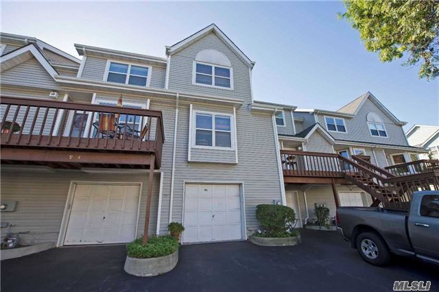 Hardwood Floors On Main Floor. Granite/Ss Eik, Finished Room In Bsmt. Beautiful Pond View.37Oversized Deck. Pj Village Amenities Include Private Beach, Golf And Tennis. New Tiled Backsplash, New Finished Basement Bonus Room, Carpet And Paint. New Toilets And Sinks And Tops.