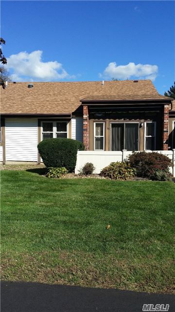 Lovely 1 Bdrm, 1 &1/2 Baths In 55+Gated Community.New Cac, Replacement Windows, Spacious Unit. Retractable Awning Over Patio, Pull Down Attic & Storage Unit. Clubhouse, 2 Pools, (Indr.& Out), Gym, Tennis, Billiard Rm. Transportation Provided For Local Shopping. Security, Low Taxes! Easy To Show.... Must See!