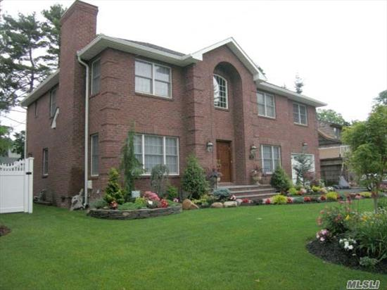 Diamond Condition Brick Center Hall Colonial, 10 Years Young, All Amenities, Amazing Location In Woodmere Sd #15.