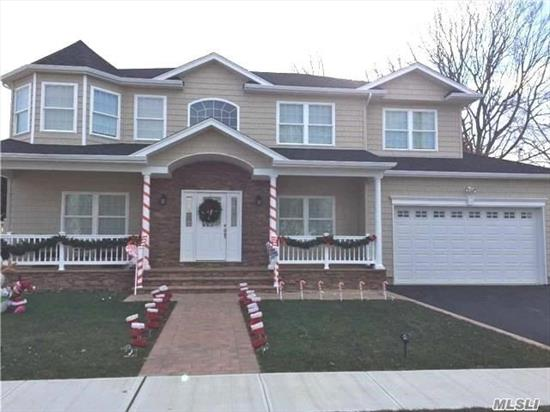 Fabulous Custom Colonial In Prime Estate Section On Beautiful O/S Property... Fully Loaded..No Expense Spared! Features Designer Kit/Gran/Center Isl/Ss Ge Profile Appl..Custom Bths..Custom Molding Thru-Out..Pavers Front Porch, Steps, Walkway..Stone/Front Dr..2 Zone Cac.. Prominent Builder For Over 25 Yrs. Pictures For Workmanship Only Customize Your New Home Now!