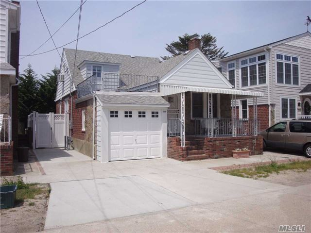 Mint Brick Cape With 1/2 Block To Ocean / 4 Bedroom 1.5 Bathroom Deck Plus Additional Shower And Porches/Sun Deck... Available For Summer Rentally ...July 13K ...August 15K