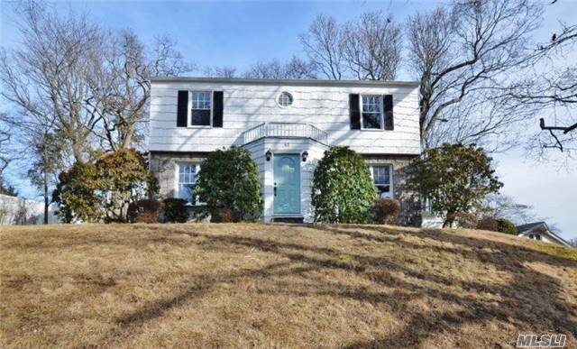 Lovely Updated 3 Bedroom Colonial Light And Bright W/ Charm And Character! Updates Include Heating System, Brand New Central Air, Electrical, Totally Renovated New Bathrooms, Thermopane Windows, Granite Kitchen W/Stainless Applc, , Wood Floors Completely Refurbished, Roof (5 Years), Newly Paved Driveway And More! Unpack And Move Right In! Moments From Lirr Platform!