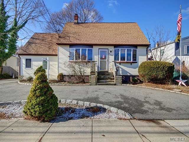Possible M/D With Permits. Updated Kit & Bath, Close To Shops & Lirr, Oversized Prop. 80 X 130. Two Tier Deck, Gas Line In Streat, Keyspan Will Install Gas Line To Home At No Cost.