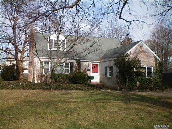 Beautiful Charming Cape In Sought After Parkwood, Needs Updating, But Has All Hardwood Floors, Fireplace, Nice Size Rooms, New High Efficiency Gas Heat, Large Property On Very Quiet Block. Walk To Paul J Belew, Beach Street Middle And West Islip High School, Great Opportunity!!!