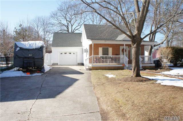 Like New Expanded Cape - This Home Is Great For Entertaining With Its Open Layout, Many Upgrades ,  Huge Den / Possible 3rd Bedroom. Nice Fenced Property. Don't Delay Make An Appointment To See This Home Today!