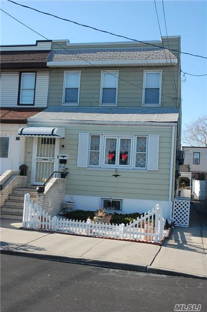 2 Family Detached Home, 6 Rms-3 Bdrms Over 5 Rms-2 Bdrms, Full Basement, Party Driveway, Nr. Shops And Transportation