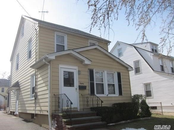 Charming Colonial Close To All. Quiet Tree-Lined Street, Mid-Block Location.