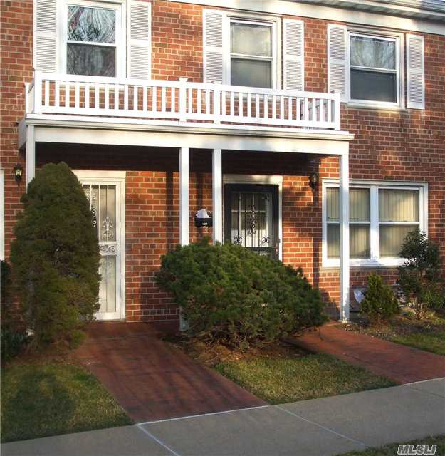 Beautiful Two Story Condo. 1st Floor - Living Room, Formal Dining Room, Eat In Kitchen & 1/2 Bath. 2nd Floor - Three Bedrooms & Full Bath. Includes Pull Down Attic, Full Finished Basement W/ Laundry Room & One Parking Spot. Oak Floors Throughout.