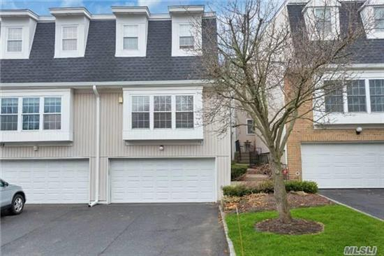 Largest Model On The Greenbelt!! New Cac/Heat Unit. Updated Windows, Kitchen With Granite Counters, Wood Cabinets, & Ss Appliances. Hardwood Flooring. Crown Molding. 2 Updated Baths. New Garage Door, Added Insulation, Dr With Tray Ceiling, Heated Finished Basement!