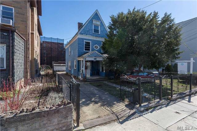 This Vintage 1890 Colonial Is Sited On A 45X122 Sq Feet Lot Zoned R4/R5,  And Is  Located Within The Vicinity On The South Side Of Astoria Park,  This  Home, Is  In Need Of Tlc And It Is Offered  As Is Condition. May Appeal To A Historical Collector As A Restoration Project Or To A Developer/Investor As A Multifamily Home Site. All Offers Must Be In Writing.
