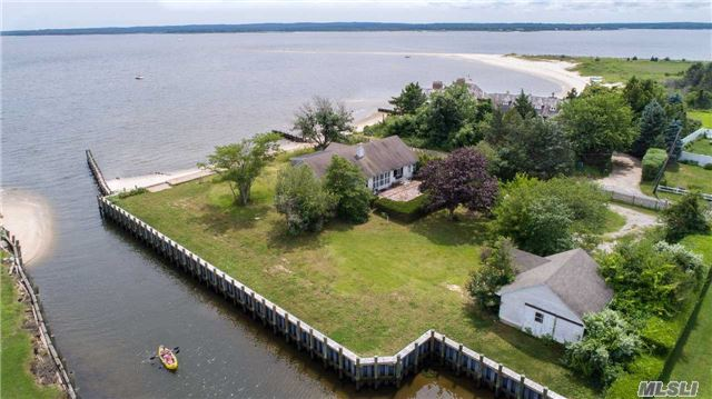 Bayfront! Location! Locaton! Rare Find 1940'S Cape With Spectacular Bayviews. 147 Ft. Of Sandy Bay Beach. Also A Boat Dock. Great Room With Stone Fireplace. Room For Expansion!