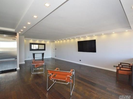 Magnificent Newly Renovated Designer Showcase Facing Pond View