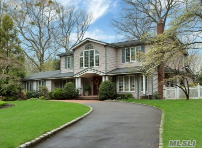 5 Br, 3.55 Bath Colonial Updated In 2009! Vaulted Ceilings Upstairs & Down! Lr & Den Have Built In Wall Units W/ Fireplaces! 12 Skylights, Crown & Base Moldings, Wainscoting, 10 Ceiling Fans, New Floors & Freshly Painted! Mbr Has Fireplace & Steam Shower! Guest Quarters W/ Full Bath & Steam Shower! Generator, Solar Heated Pool & Pond! Big 2.5 Garage! Taxes Being Grieved!