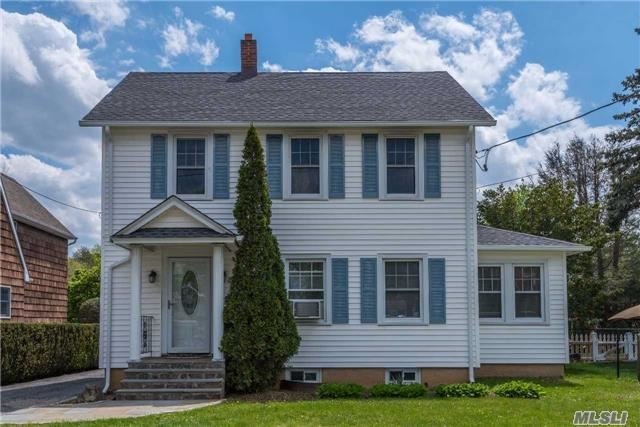 Opportunity Knocks! Charming 3-Bd, 2-Ba Colonial. Updated Oak/Quartz/Ss Kitchen. Updated Windows, Siding, Roof. Wood Floors Thru-Out. Oil/Hw Heat - Gas On Street. Wonderful Neighborhood Bordering Muttontown Preserve. Be The Proud Owner!